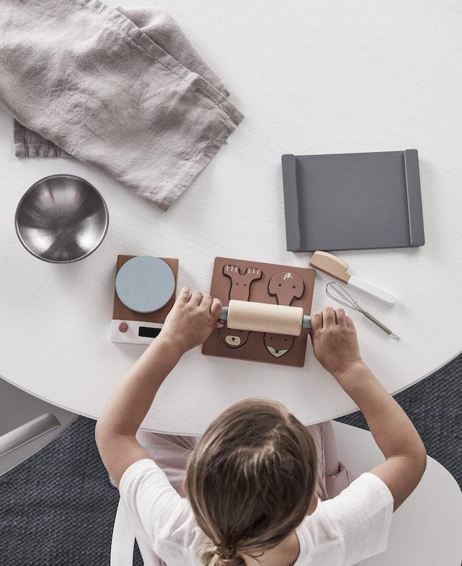 kids concept //木製おもちゃのベイキングセット