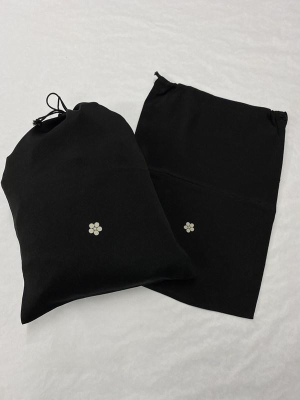 upcycle99/着物家紋入巾着袋(2枚セット)/梅鉢/U-258