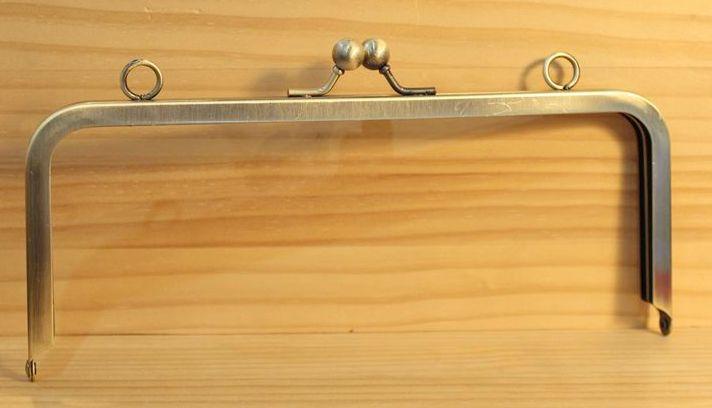 ◆Ku-121◆【口金】22cm  ちょっとだけ縦長 角型リング付き 差し込みタイプ アンティーク【梱包スペース15】