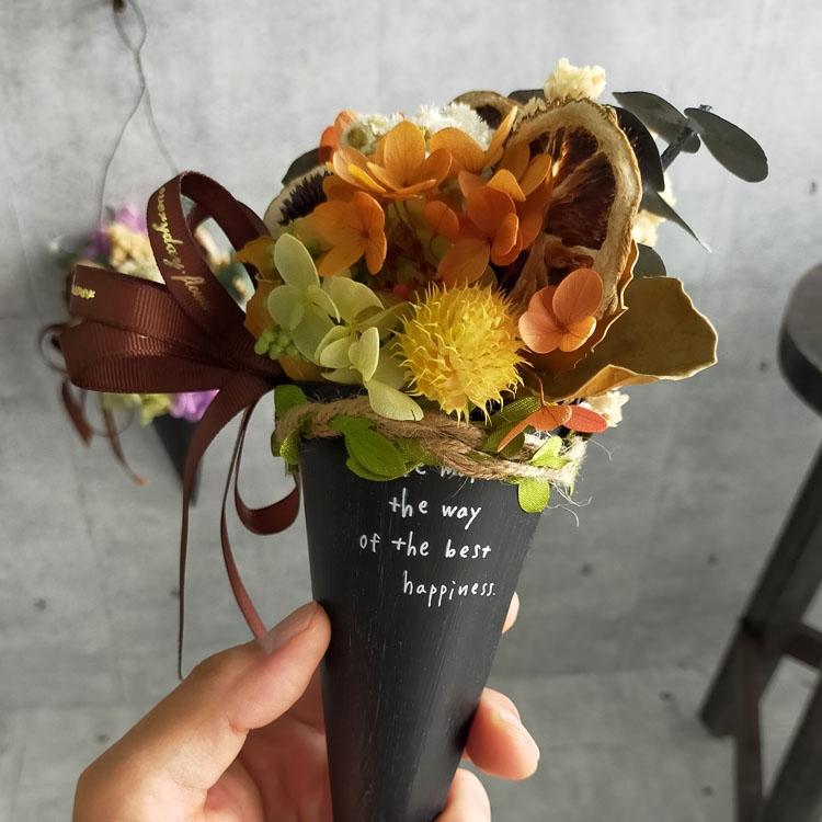 ハロウィン 飾り 秋のドライ&プリザアレンジ コーン 2種【4641】