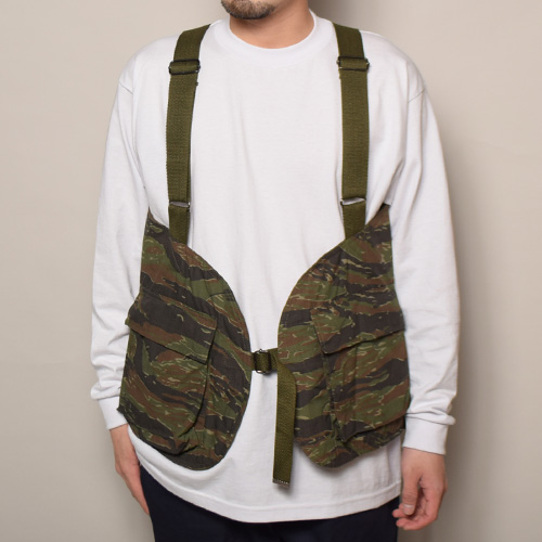 US Customized/US Military Fatigue Hunting Vest(USミリタリー×アス ハンティングベスト)タイガーストライプカモ [a-3628]