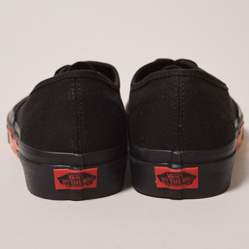 Vans/Flame Wall Pack Authentic(バンズ オーセンティック)ブラック×レッド [a-2515]
