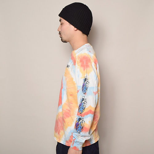 HWY×US/Tie Dye Multi Flames L/S Pocket T-Shirt (エイチダブリューワイ×アス タイダイTシャツ)レッド×オレンジ×ブルー(B) [a-3641]