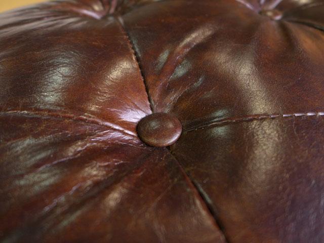 チェスターフィールド スツール オットマン 本革 四角形 アンティーク アンティーク調 ヴィンテージ ブラウン 茶 高級 革ソファ 総本革 鋲打ち ボタン締め カフェ 英国風 レザー 角型 F358 9013 Huntington SUNTON