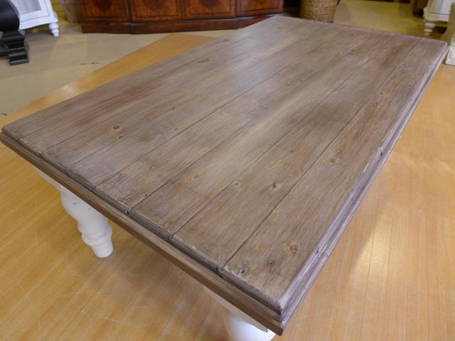 ローテーブル テーブル センターテーブル フレンチ カントリー アンティーク調 シャビーシック クラシック レトロ おしゃれ かわいい 白 ホワイト ツートン パイン材 無垢材 リビング カフェ コーヒーテーブル CA005  Plantation