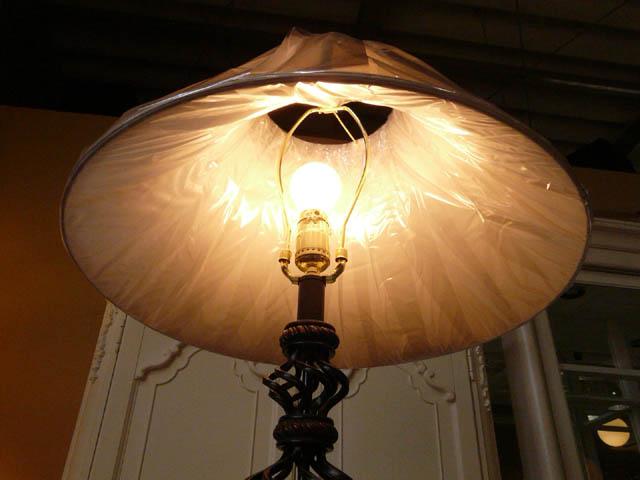 スタンドライト フロアライト スタンドランプ アンティーク ランプ ライト フロアランプ フロアスタンドライト アンティーク調 おしゃれ ベッドランプ ベッドサイド 高級 ベッド 寝室 クラシック テイスト LED シェード シェードランプ アメリカン 照明 861 CALlighting