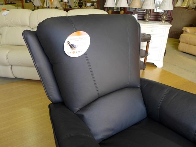 リクライニングチェア 本革 リクライニングソファ 一人用 黒 ブラック 総本革 レザー ソファ オットマン一体型 ソファー 一人掛け 1人 手動 ロッキングチェア ロッキング 機能付き 高級 おしゃれ オットマン アメリカン レイジーボーイ LA-Z-BOY 501 MARTINI