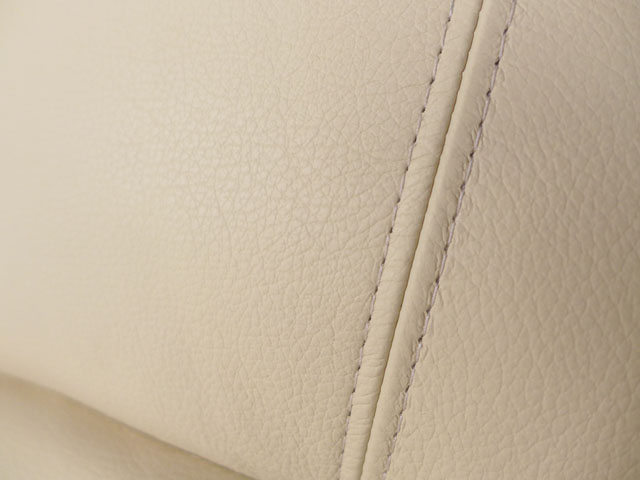 リクライニングチェア 本革 リクライニングソファ 一人用 アイボリー 白 ホワイト 総本革 レザー ソファ オットマン一体型 ソファー 一人掛け ロッキングチェア ロッキング 機能付 高級 おしゃれ オットマン アメリカン レイジーボーイ LAZBOY 501 MARTINI