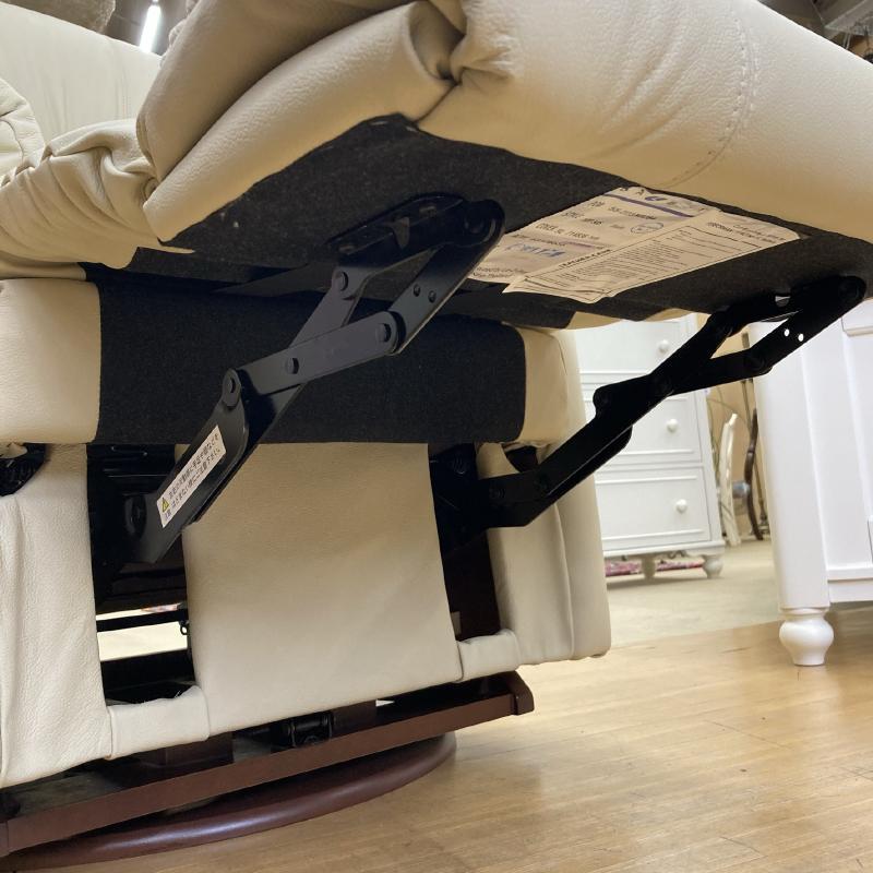 リクライニングチェア 本革 リクライニングソファ 一人用 総本革 アイボリー 白 ホワイト レザー ソファ オットマン一体型 一人掛け ロッキングチェア 回転式 高級 アメリカン レイジーボーイ 505 RIALTO IVORY