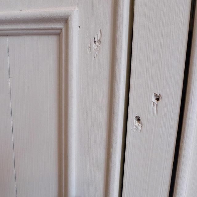 カップボード  キャビネット 食器棚 パイン 無垢材 天然木 フレンチ カントリー キッチンボード アンティーク アンティーク調 おしゃれ 可愛い ホワイト 白 ブラウン ナチュラル リビング ハッチ 完成品  ドリフトナチュラル&ホワイト