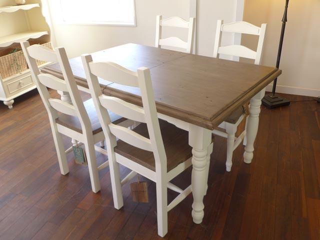 【ご予約受付中】ダイニングテーブル 4人掛け 6人掛け 伸縮 伸長式 パイン 無垢材 シャビーシック 白 ホワイト ツートン フレンチ カントリー アンティーク アンティーク調 おしゃれ ダイニング テーブル 4人 6人 アウトレット CD025 Plantation