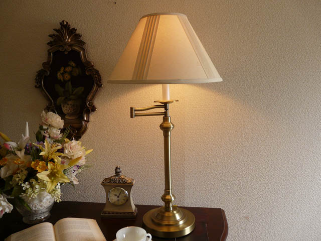 テーブルランプ テーブルライト スタンドライト アンティーク ランプ ベッドサイド ライト おしゃれ モダン ベッドサイド ベッドランプ 高級 寝室 デスクライト クラシック テイスト アンティーク調 LED 照明 シェード シェードランプ アメリカン 間接照