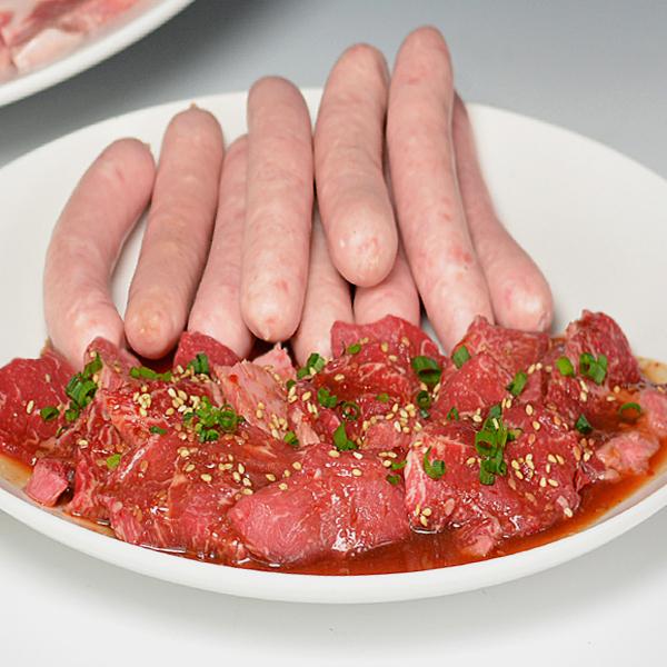 牛肉 黒毛和牛 A5 みんなで楽しむ焼肉セット3.0kg 大和榛原牛カルビ・たれ漬け 各300g、豚バラ・豚トロ・鶏モモ肉 各600g、ウインナー15本、たれ3本 送料無料