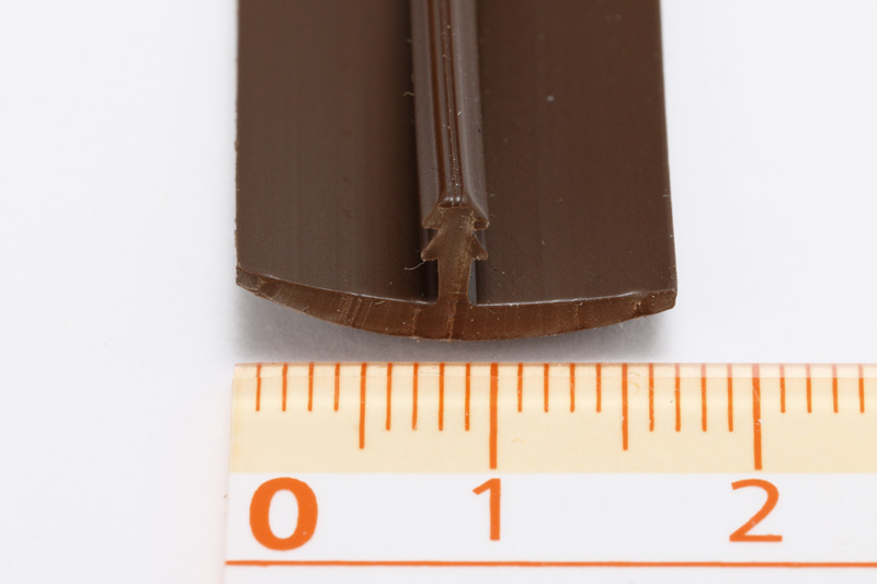 【#056178】シンプルTモール 15ミリ合板用 T-1118 1M切売り