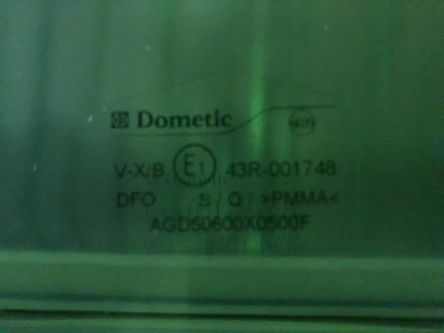 【アウトレット】Dometic S4 アクリルウィンド スライド左 600×500