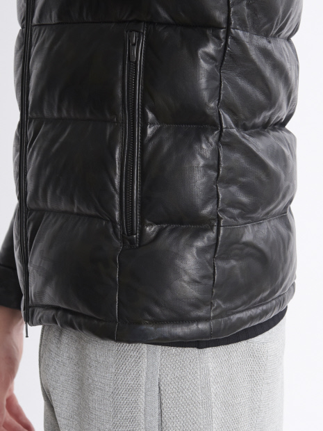 5351POUR LES HOMMES「ブラックカモレザーダウンジャケット」ブラック