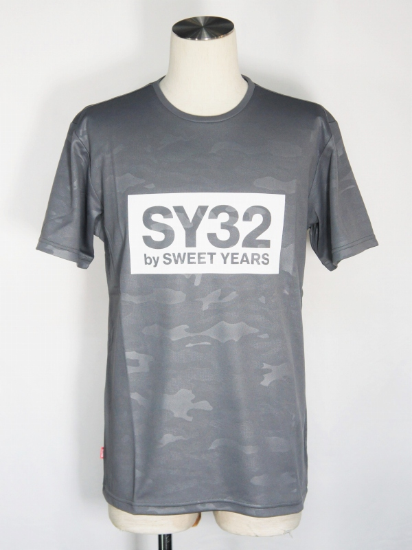 SY32 by SWEET YEARS「EMBOSS CAMO BOX LOGO TEE」GRAY