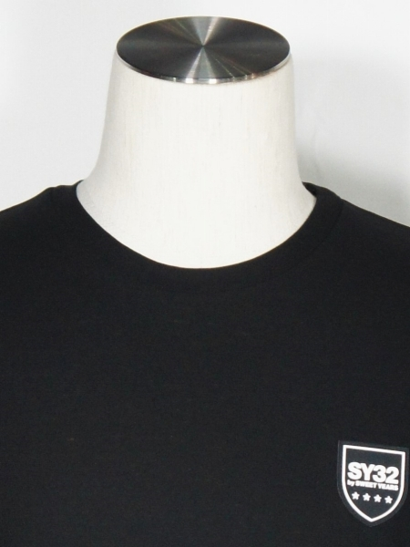 SY32 by SWEET YEARS「SILICON SHIELD LOGO TEE」BLACK