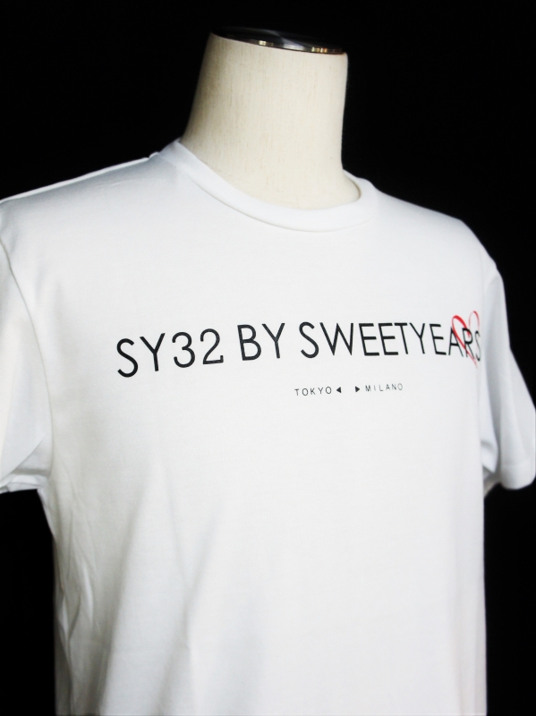 SY32 by SWEET YEARS「HEART SIDE LOGO TEE-」WHITE
