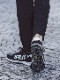1PIU1UGUALE3 RELAX「アタックロゴトレーニングスニーカー」 BLACK