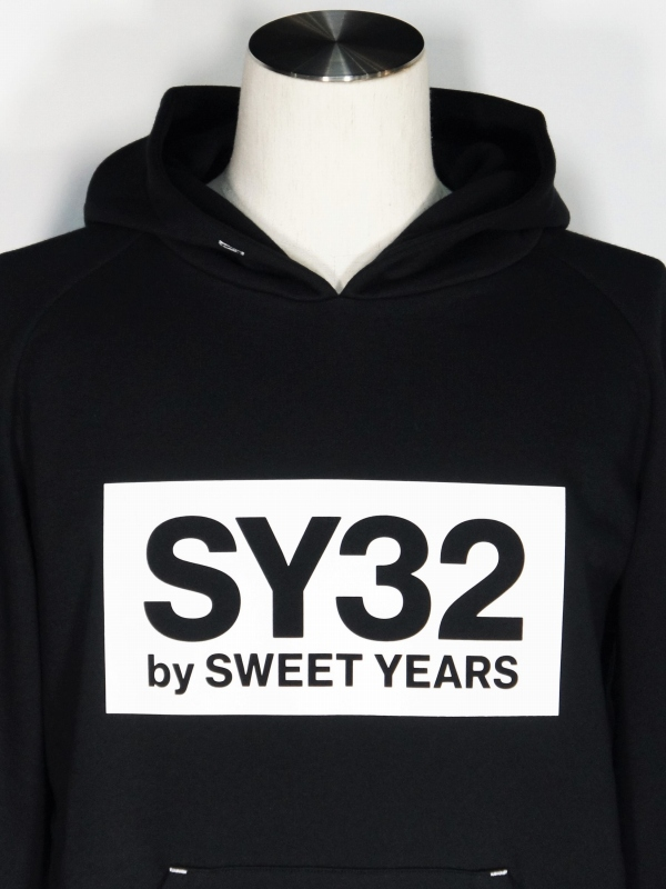 SY32 by SWEET YEARS「BOX LOGO P/O HOODIE」BLACK