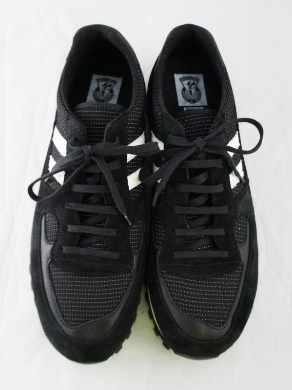 5351POUR LES HOMMES「【別注/ZDA】ナイロンライン レザースニーカー 2200PH」ブラック
