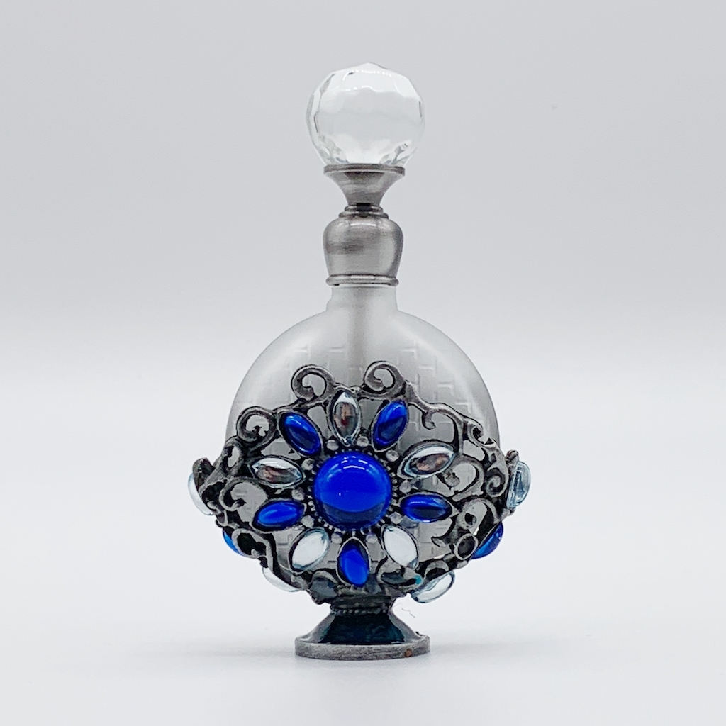 【ジャスミンとパチュリの香り】あたたかみある華やかな香り(女性用・5mL)ご注文ごとに調香