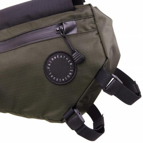 FAIRWEATHER フェアウェザー half frame bag olive