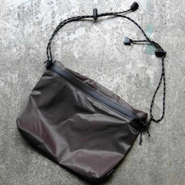 FAIRWEATHER フェアウェザー zip sacoche gray