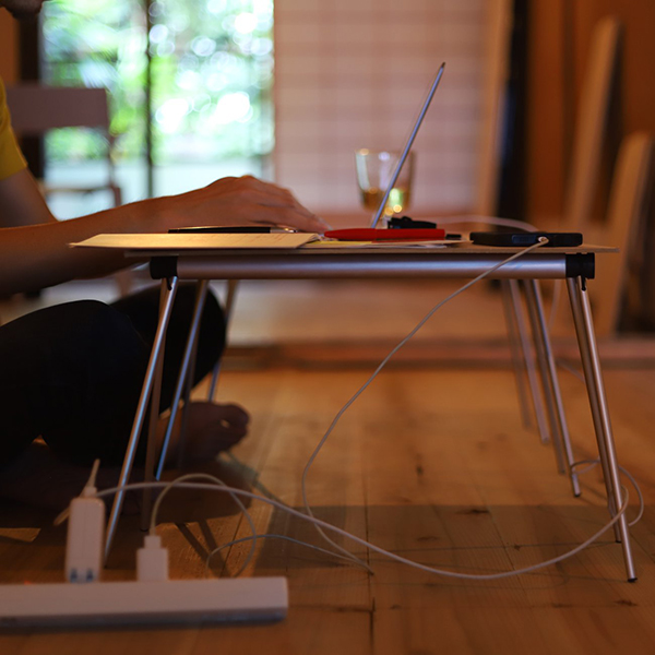 FORE_ フォア Mobile Table Stand