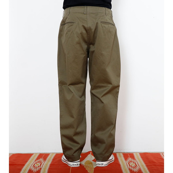【30%OFFセール】 BAMBOO SHOOTS バンブーシュート Pleated Military Trousers-Chino Olive
