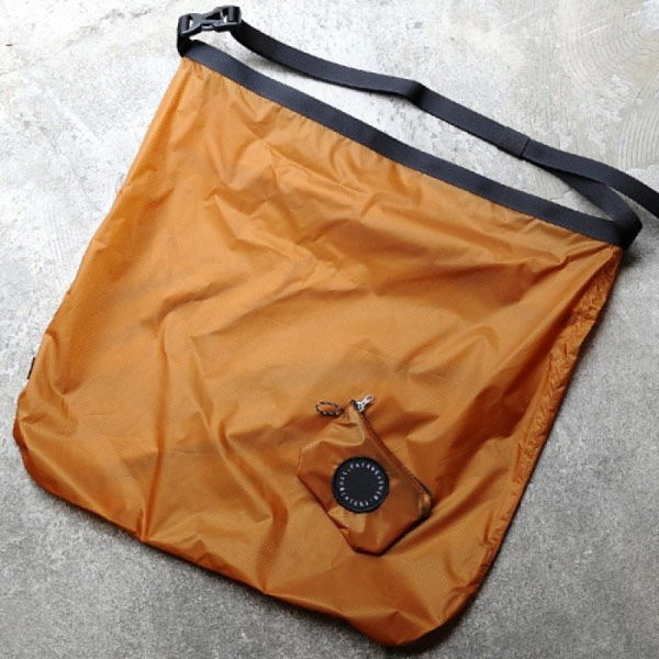FAIRWEATHER フェアウェザー packable sacoche camel