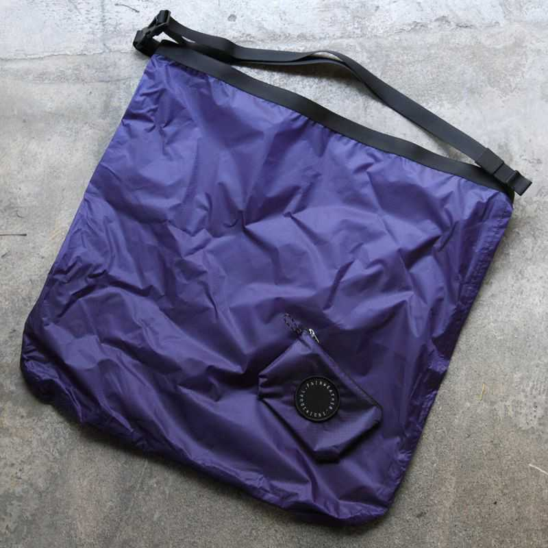 FAIRWEATHER フェアウェザー packable sacoche navy