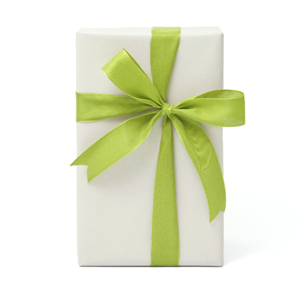 ラッピング 包装紙とリボン