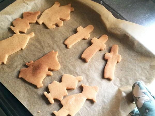 ムーミン ママ グッズ クッキー 型 お菓子 製菓 キッチン 台所 キャラクター おしゃれ MOOMIN ムーミン谷の仲間たち メール便 対応 Martinex マルティネックス