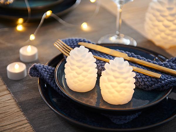 松ぼっくり テーブル ライト H14cm 本物のロウで作られた LED キャンドル インテリア 北欧 オーナメント おしゃれ 白 蝋 SIRIUS Clara 13100