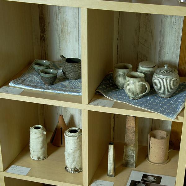 一輪挿し おしゃれ 陶器 インテリア フラワーベース 花器 粉引 筒花瓶 陶房金沢 白 花瓶 手作り 日本製 岩手 紫波 花器 ハンドメイド シンプル ナチュラル