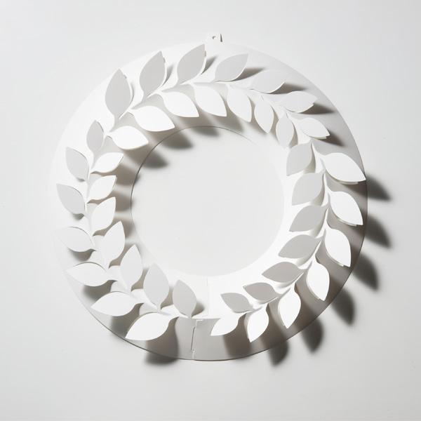 月桂樹 S ペーパー リース ローリエ 伊藤千織 デザイン 一年中飾れる メール便 対応 日本製 ホワイト PW02-S-205 おしゃれ 春 スプリング