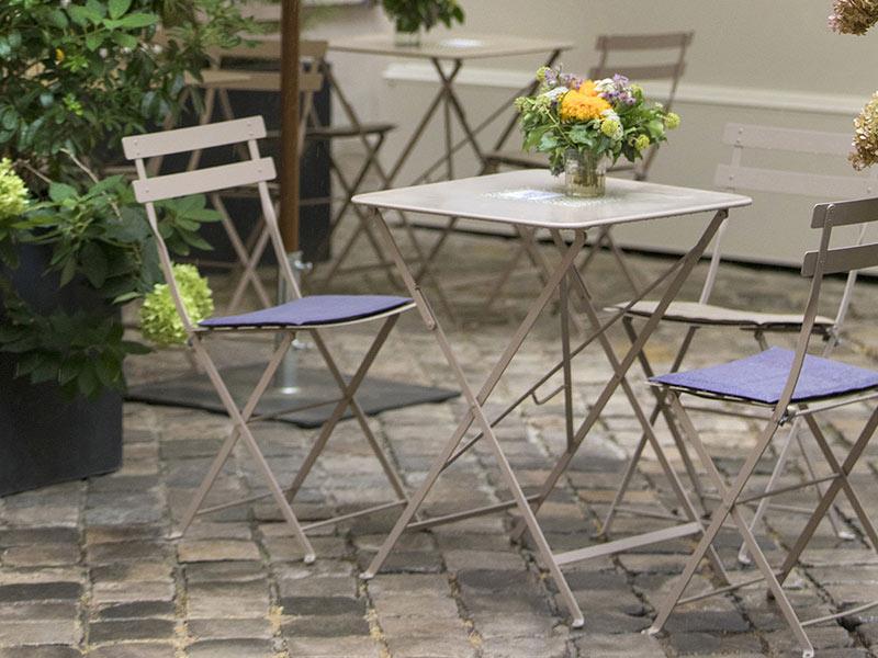 フェルモブ ビストロ ラウンド テーブル 60 と チェア 2脚 セット ガーデン 折りたたみ イス ファニチャー おしゃれ Fermob bistro