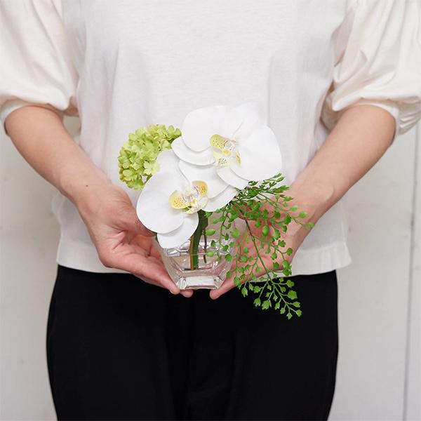 フェイクグリーン ミニ 胡蝶蘭 スノーボール ウォーターアレンジ 造花 おしゃれ プレゼント ギフト 結婚祝い花束 アレンジメント Sサイズ PRGF-0066 アーティフィシャルフラワー