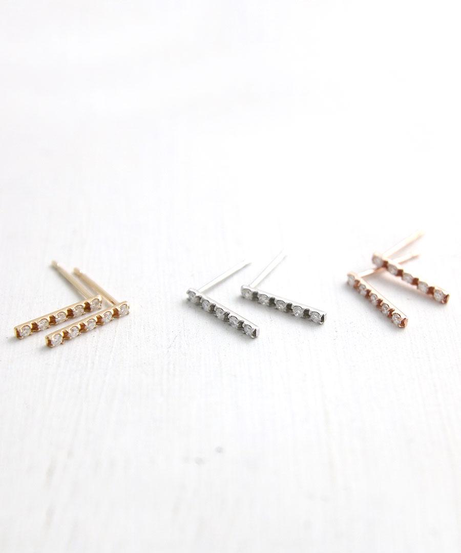 【送料無料】K10 ダイヤモンド バー ピアス 0.05ct LP-120【リュクス】