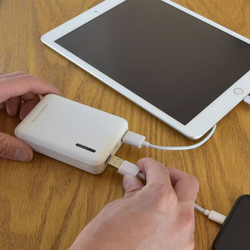 【送料無料】モバイルバッテリー 大容量 10000mAh エネタンポ 推奨バッテリー スマホ 充電器 バッテリー iPhone iPad 急速充電 2台同時充電 軽量 コンパクト monowa 旅行 携帯充電器 持ち運び