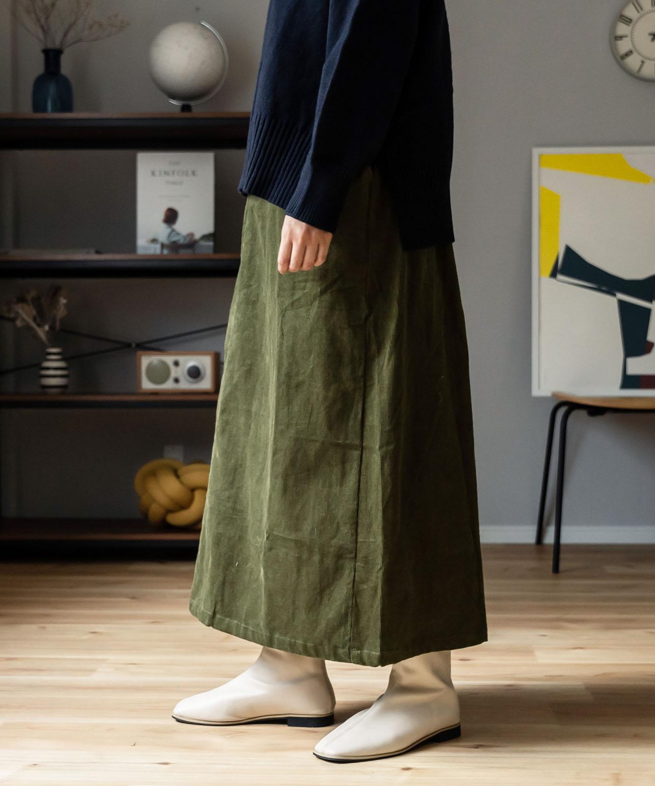 コーデュロイロング丈ストレートスカート
