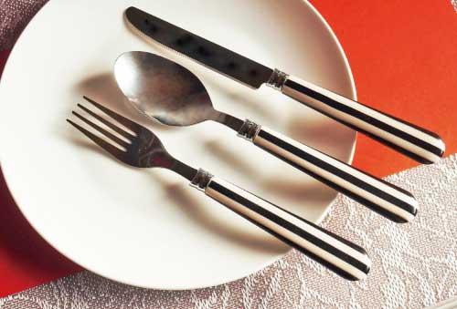 ストライプ柄デザートナイフ