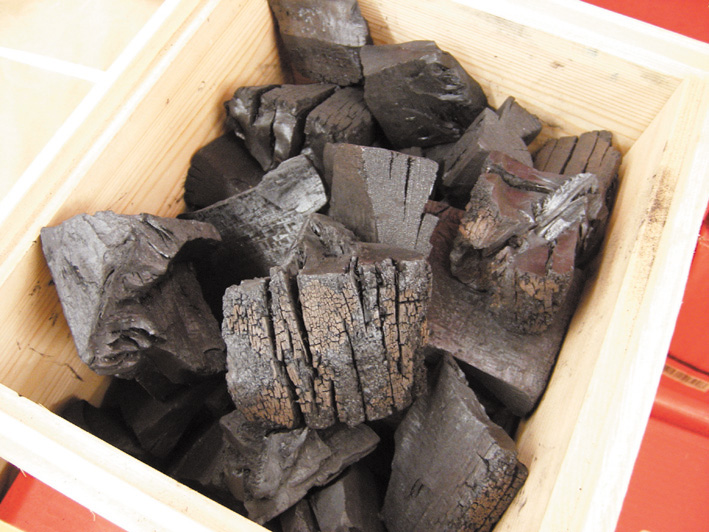 ●木炭 3kg