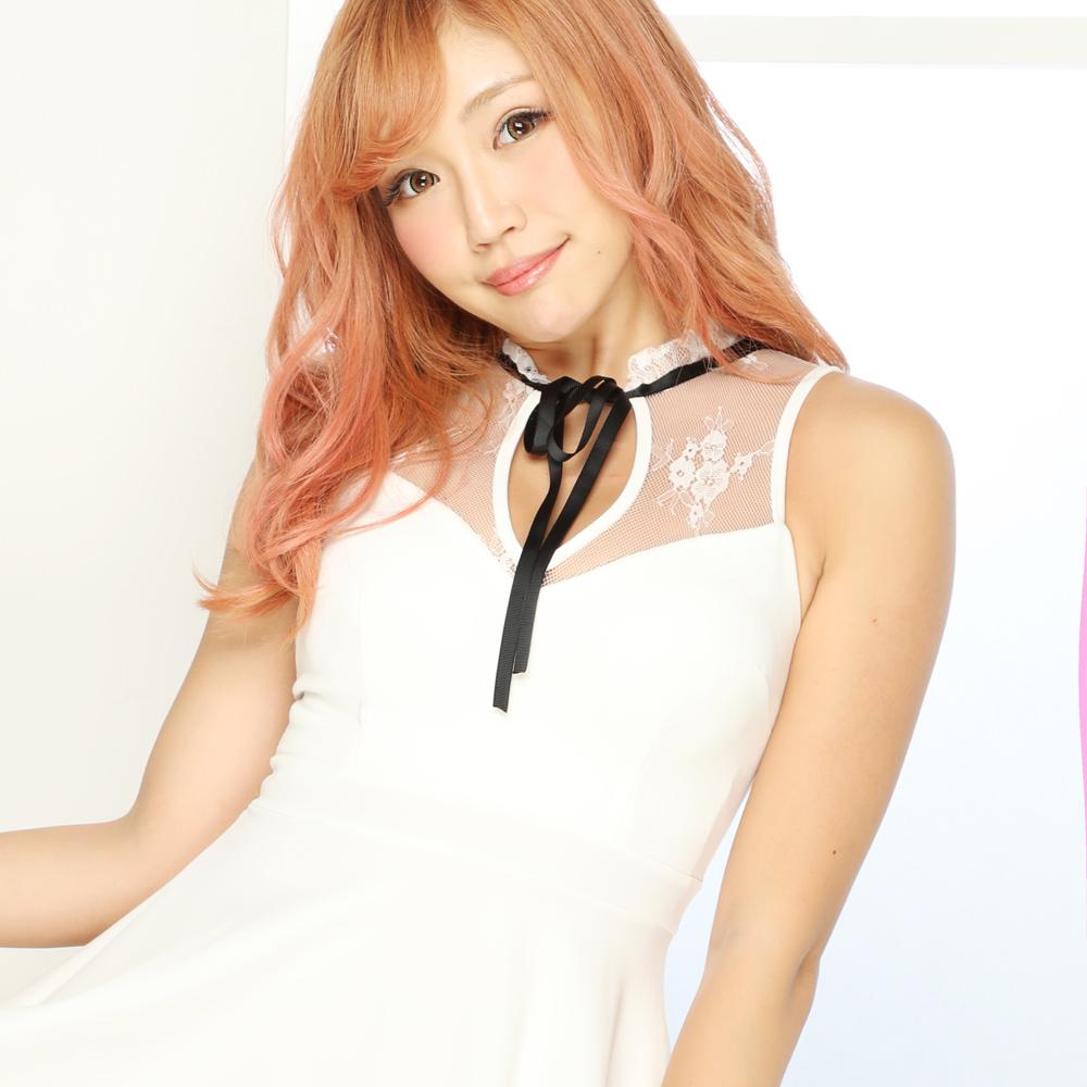 胸元レースフレアーミニドレス
