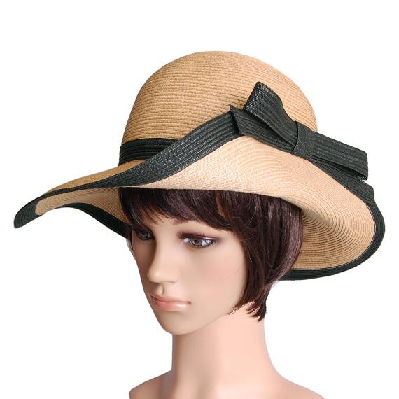 つば広帽子 - Elegant Wave
