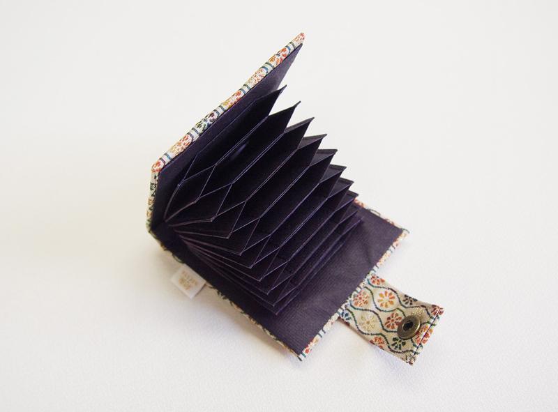 西陣織カードケース【花鳥梅花文・赤】