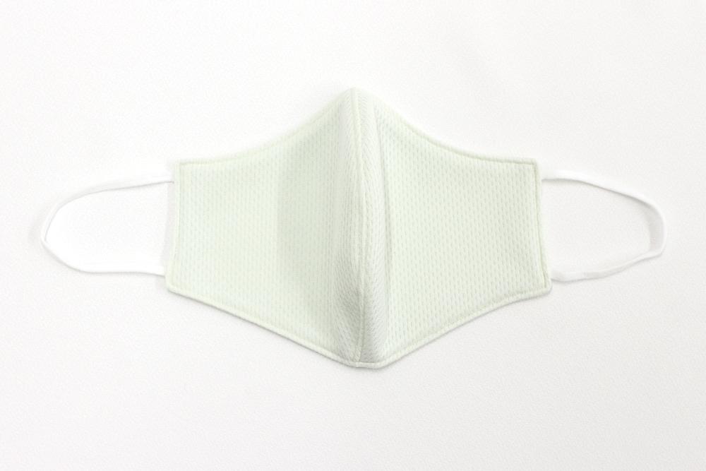 【大人用】メッシュ素材 立体型 マスク 洗える布製 大人用 (グリーン)
