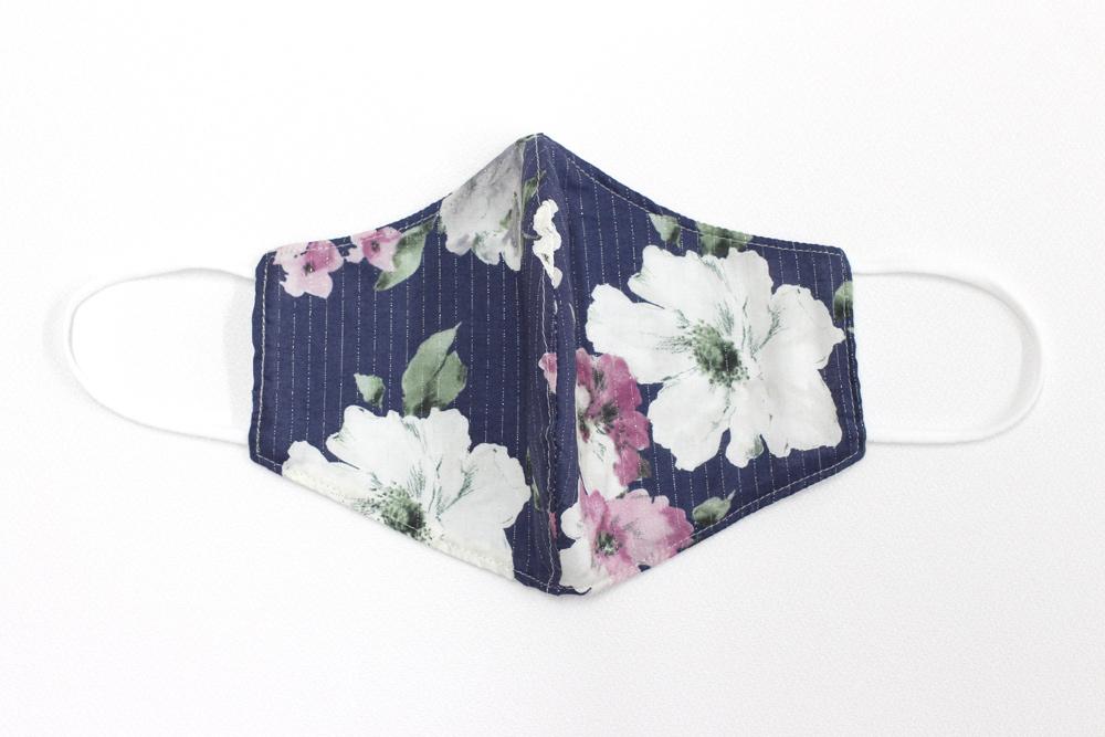 <再入荷>ボタニカル柄 立体型マスク - ウォーターカラーフラワー(ネイビー)